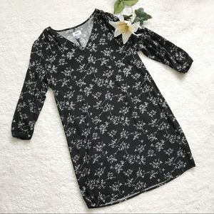 OLD NAVY Shift Dress Floral Black and White